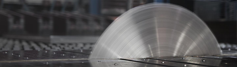 Aluminium-cutting-saw-aluminyum-cut-to-size-schelling-machine